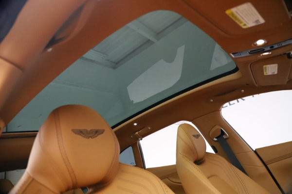 New 2021 Aston Martin DBX for sale $207,886 at Pagani of Greenwich in Greenwich CT 06830 22