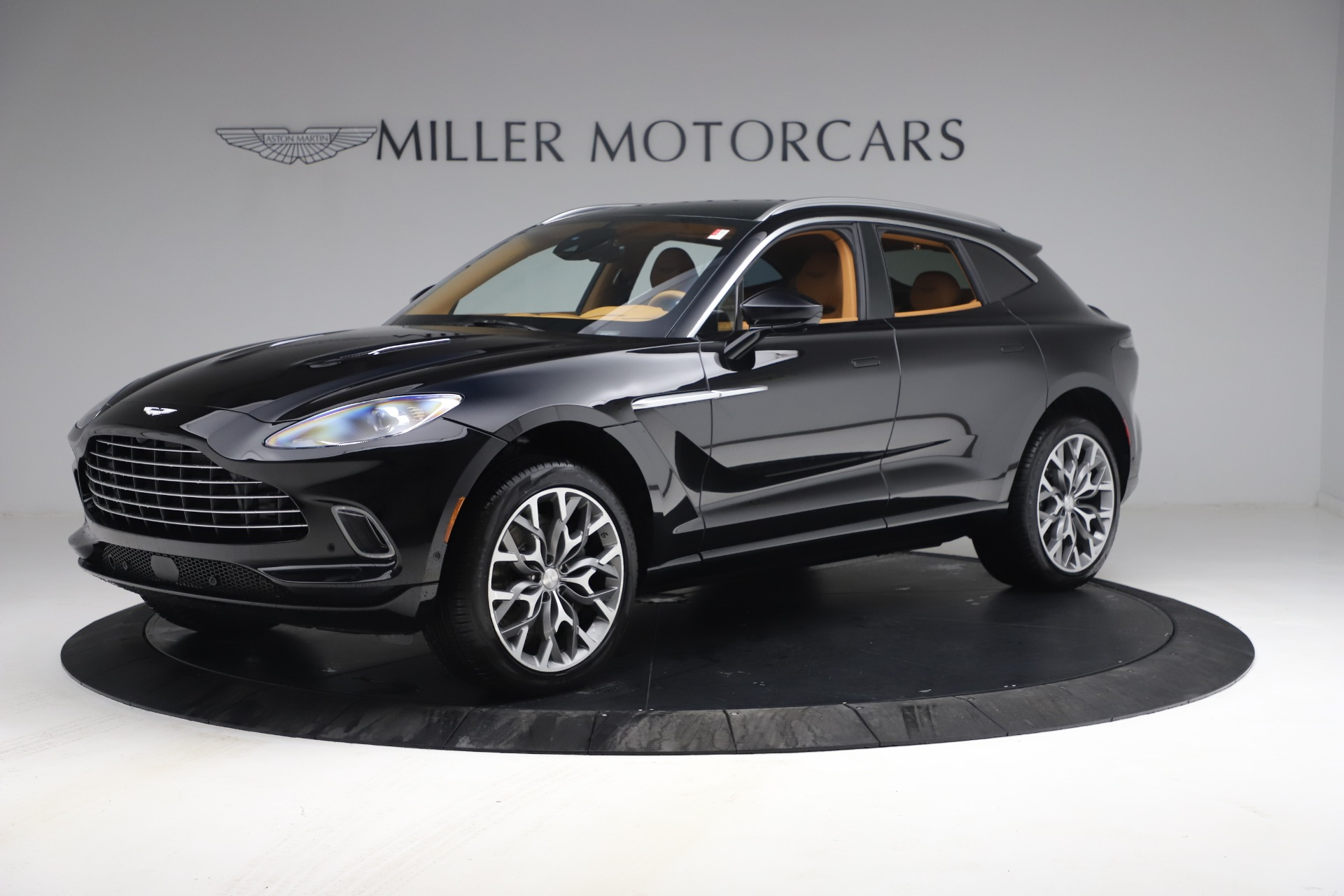 New 2021 Aston Martin DBX for sale $207,886 at Pagani of Greenwich in Greenwich CT 06830 1