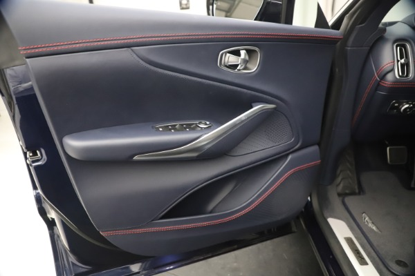 New 2021 Aston Martin DBX for sale $213,086 at Pagani of Greenwich in Greenwich CT 06830 16