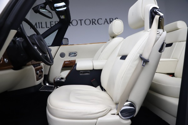 Used 2009 Rolls-Royce Phantom Drophead Coupe for sale $219,900 at Pagani of Greenwich in Greenwich CT 06830 21