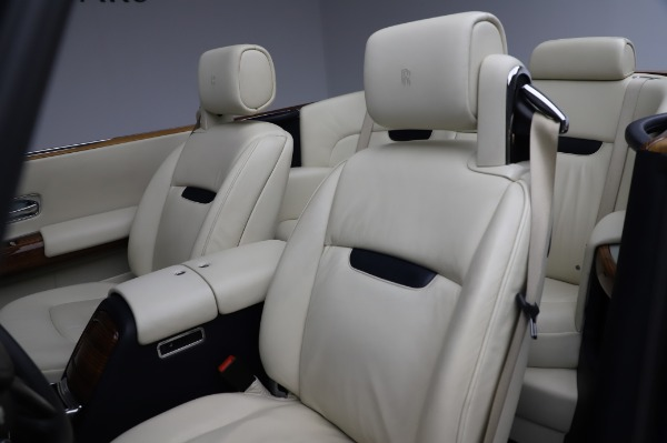 Used 2009 Rolls-Royce Phantom Drophead Coupe for sale $219,900 at Pagani of Greenwich in Greenwich CT 06830 22