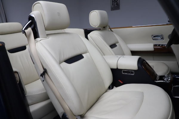 Used 2009 Rolls-Royce Phantom Drophead Coupe for sale $219,900 at Pagani of Greenwich in Greenwich CT 06830 26