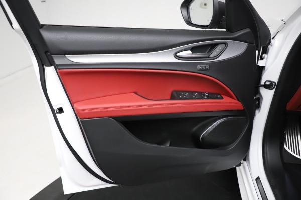 New 2021 Alfa Romeo Stelvio Ti Sport Q4 for sale $56,240 at Pagani of Greenwich in Greenwich CT 06830 17