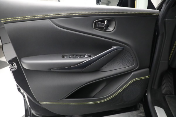 New 2021 Aston Martin DBX for sale $209,686 at Pagani of Greenwich in Greenwich CT 06830 17