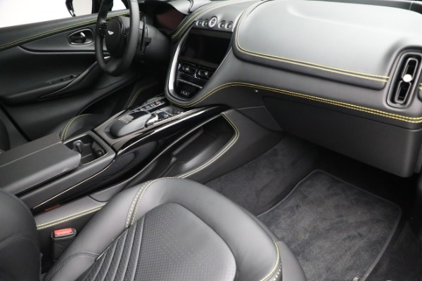 New 2021 Aston Martin DBX for sale $209,686 at Pagani of Greenwich in Greenwich CT 06830 20