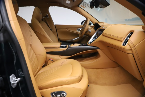 New 2021 Aston Martin DBX for sale $214,986 at Pagani of Greenwich in Greenwich CT 06830 17