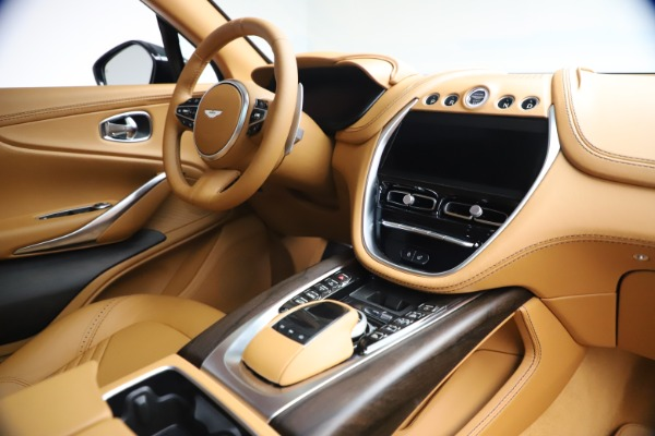 New 2021 Aston Martin DBX for sale $214,986 at Pagani of Greenwich in Greenwich CT 06830 18