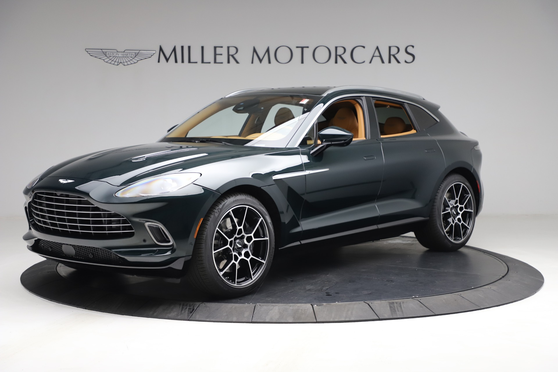 New 2021 Aston Martin DBX for sale $214,986 at Pagani of Greenwich in Greenwich CT 06830 1