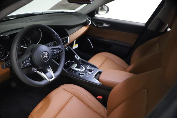 New 2021 Alfa Romeo Giulia Q4 for sale Sold at Pagani of Greenwich in Greenwich CT 06830 13