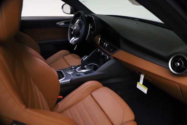 New 2021 Alfa Romeo Giulia Ti Sport Q4 for sale $54,050 at Pagani of Greenwich in Greenwich CT 06830 22