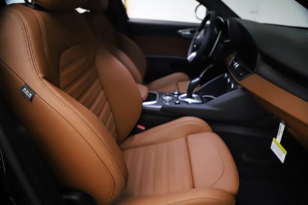 New 2021 Alfa Romeo Giulia Ti Sport Q4 for sale $54,050 at Pagani of Greenwich in Greenwich CT 06830 23