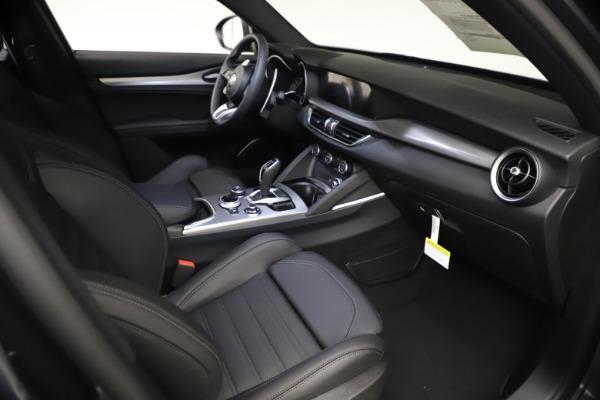 New 2021 Alfa Romeo Stelvio Ti Sport Q4 for sale $57,200 at Pagani of Greenwich in Greenwich CT 06830 21