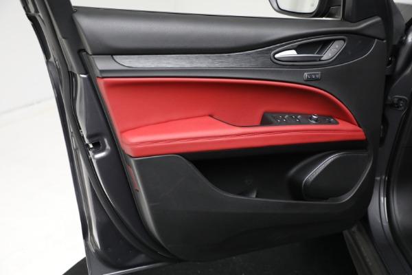 New 2021 Alfa Romeo Stelvio Q4 for sale $50,445 at Pagani of Greenwich in Greenwich CT 06830 16