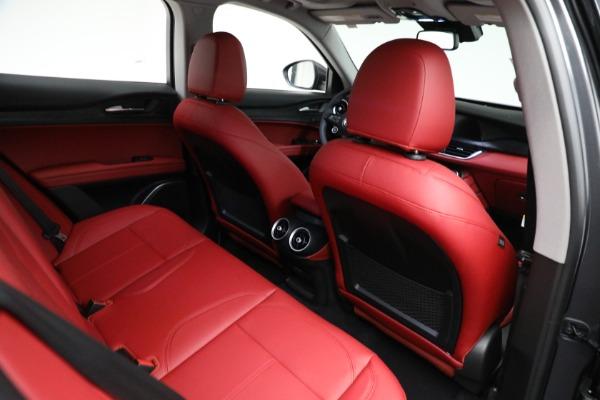 New 2021 Alfa Romeo Stelvio Q4 for sale $50,445 at Pagani of Greenwich in Greenwich CT 06830 21