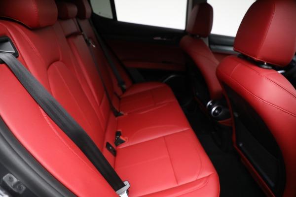 New 2021 Alfa Romeo Stelvio Q4 for sale $50,445 at Pagani of Greenwich in Greenwich CT 06830 22