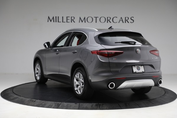 New 2021 Alfa Romeo Stelvio Q4 for sale $50,445 at Pagani of Greenwich in Greenwich CT 06830 5