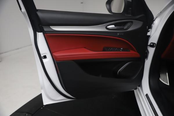 New 2021 Alfa Romeo Stelvio Ti Sport Q4 for sale $54,095 at Pagani of Greenwich in Greenwich CT 06830 17