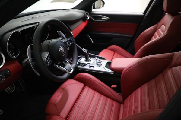 New 2021 Alfa Romeo Giulia Ti Sport Q4 for sale $54,050 at Pagani of Greenwich in Greenwich CT 06830 13