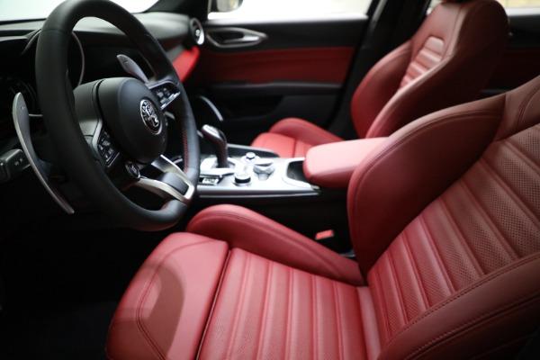 New 2021 Alfa Romeo Giulia Ti Sport Q4 for sale $54,050 at Pagani of Greenwich in Greenwich CT 06830 14