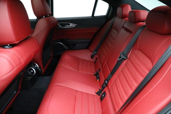 New 2021 Alfa Romeo Giulia Ti Sport Q4 for sale $54,050 at Pagani of Greenwich in Greenwich CT 06830 19