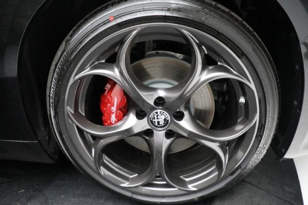 New 2021 Alfa Romeo Giulia Ti Sport Q4 for sale $54,050 at Pagani of Greenwich in Greenwich CT 06830 24