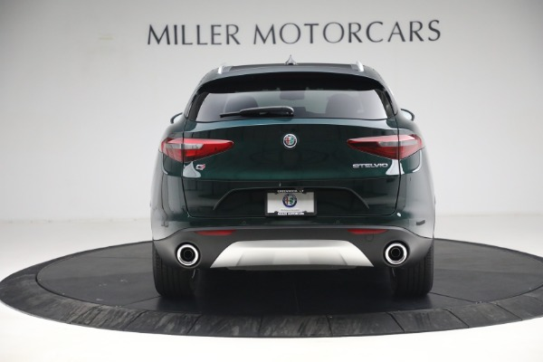 New 2021 Alfa Romeo Stelvio Q4 for sale $50,445 at Pagani of Greenwich in Greenwich CT 06830 6