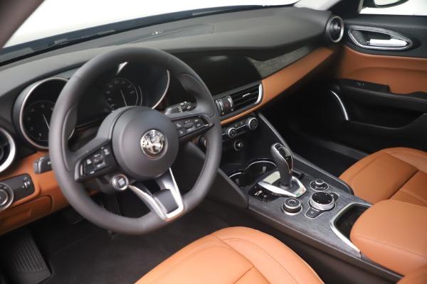 New 2021 Alfa Romeo Giulia Q4 for sale Call for price at Pagani of Greenwich in Greenwich CT 06830 13
