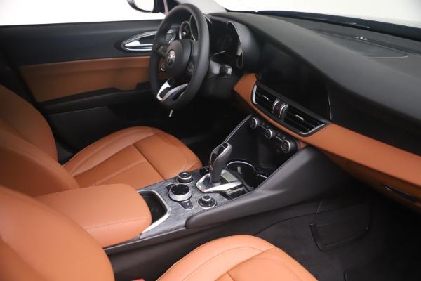 New 2021 Alfa Romeo Giulia Q4 for sale Call for price at Pagani of Greenwich in Greenwich CT 06830 18