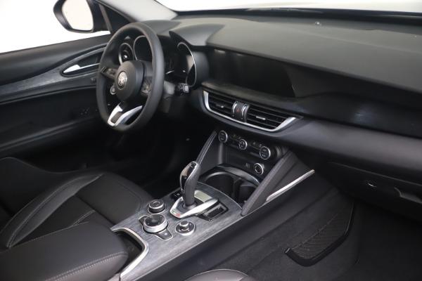 New 2021 Alfa Romeo Stelvio Q4 for sale $49,945 at Pagani of Greenwich in Greenwich CT 06830 16