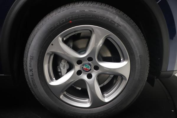 New 2021 Alfa Romeo Stelvio Q4 for sale $49,945 at Pagani of Greenwich in Greenwich CT 06830 17