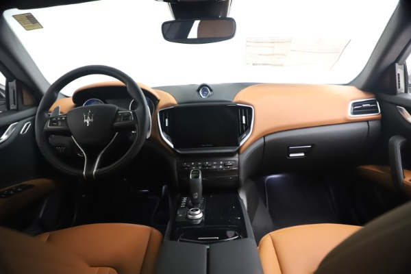 New 2021 Maserati Ghibli S Q4 for sale Call for price at Pagani of Greenwich in Greenwich CT 06830 17