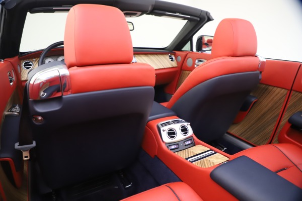 Used 2016 Rolls-Royce Dawn for sale $269,900 at Pagani of Greenwich in Greenwich CT 06830 24