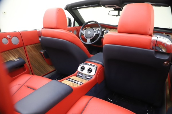 Used 2016 Rolls-Royce Dawn for sale $269,900 at Pagani of Greenwich in Greenwich CT 06830 25