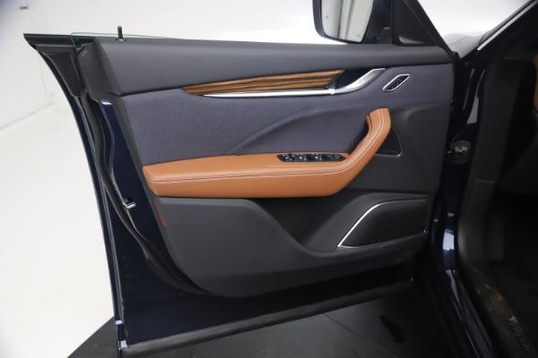 New 2021 Maserati Levante Q4 GranLusso for sale $93,385 at Pagani of Greenwich in Greenwich CT 06830 16