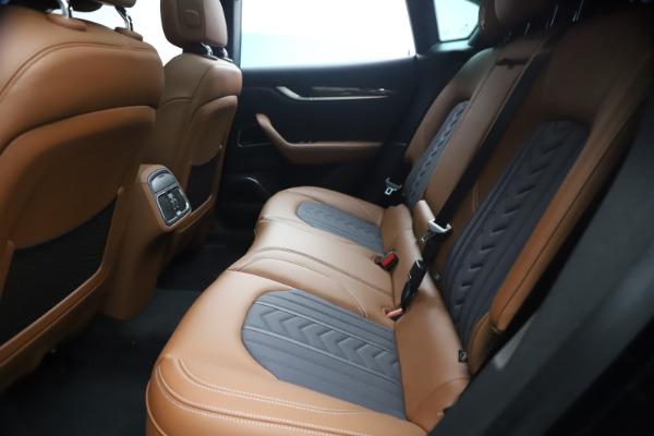 New 2021 Maserati Levante Q4 GranLusso for sale $93,385 at Pagani of Greenwich in Greenwich CT 06830 18