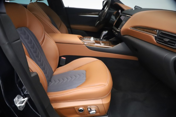New 2021 Maserati Levante Q4 GranLusso for sale $93,385 at Pagani of Greenwich in Greenwich CT 06830 22
