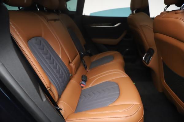 New 2021 Maserati Levante Q4 GranLusso for sale $93,385 at Pagani of Greenwich in Greenwich CT 06830 24