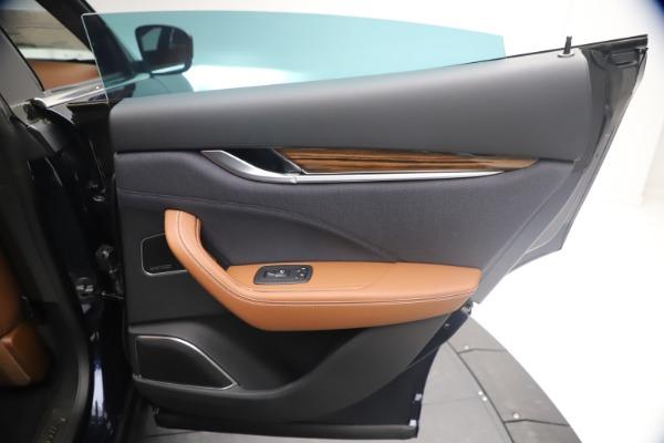 New 2021 Maserati Levante Q4 GranLusso for sale $93,385 at Pagani of Greenwich in Greenwich CT 06830 25