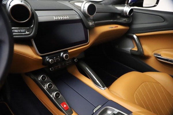 Used 2018 Ferrari GTC4Lusso for sale Sold at Pagani of Greenwich in Greenwich CT 06830 16