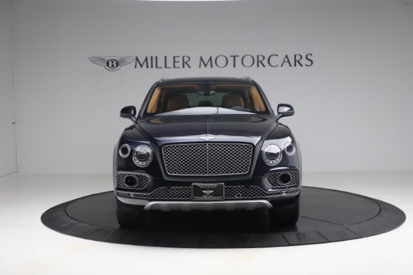 Used 2018 Bentley Bentayga W12 Signature for sale $149,900 at Pagani of Greenwich in Greenwich CT 06830 12
