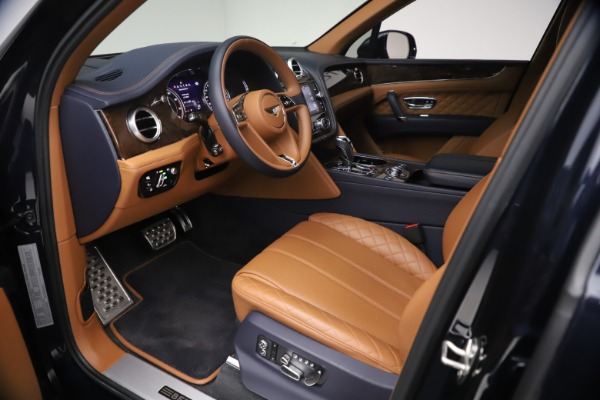 Used 2018 Bentley Bentayga W12 Signature for sale $149,900 at Pagani of Greenwich in Greenwich CT 06830 17