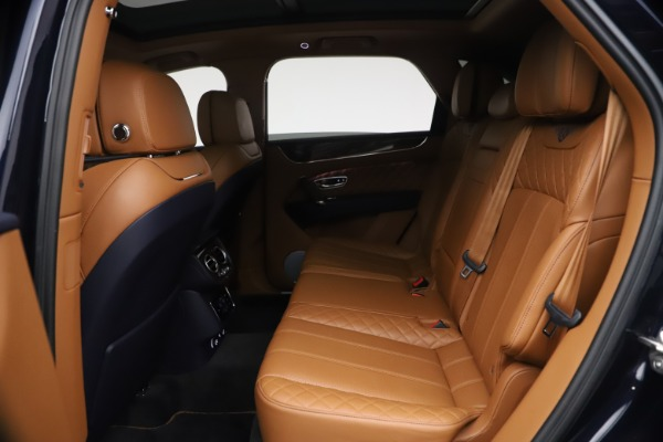 Used 2018 Bentley Bentayga W12 Signature for sale $149,900 at Pagani of Greenwich in Greenwich CT 06830 22