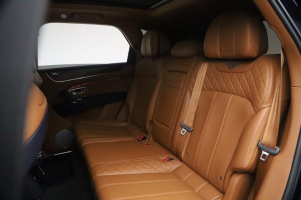 Used 2018 Bentley Bentayga W12 Signature for sale $149,900 at Pagani of Greenwich in Greenwich CT 06830 23