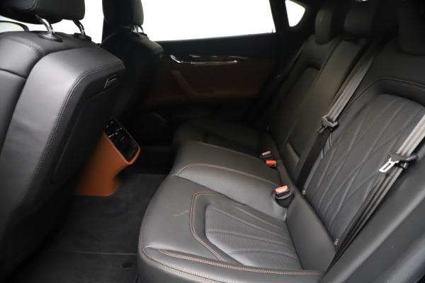New 2021 Maserati Quattroporte S Q4 GranLusso for sale $129,135 at Pagani of Greenwich in Greenwich CT 06830 17