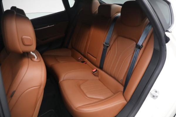 New 2021 Maserati Quattroporte S Q4 GranLusso for sale $120,599 at Pagani of Greenwich in Greenwich CT 06830 20