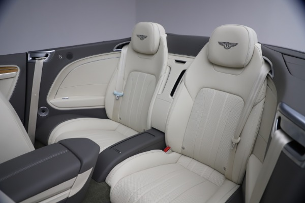 New 2020 Bentley Continental GT V8 for sale $269,605 at Pagani of Greenwich in Greenwich CT 06830 28