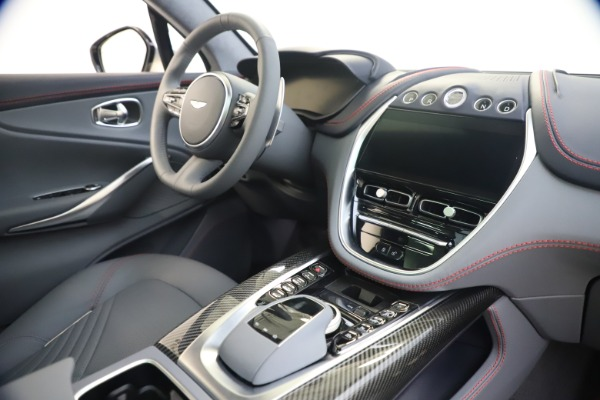 New 2021 Aston Martin DBX for sale $210,786 at Pagani of Greenwich in Greenwich CT 06830 20