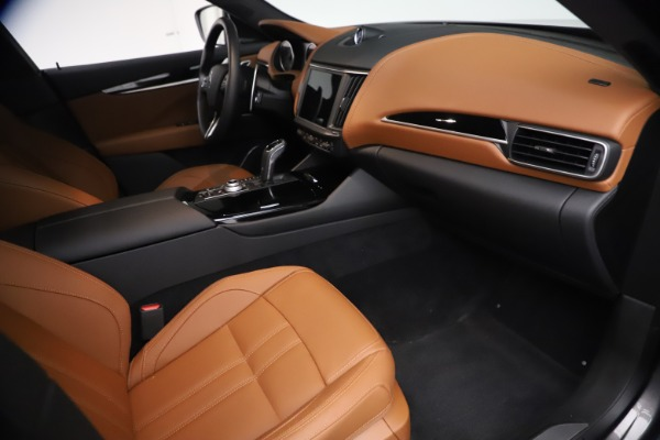 Used 2021 Maserati Levante GranSport for sale $73,900 at Pagani of Greenwich in Greenwich CT 06830 21