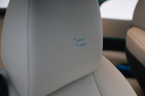 Used 2021 Rolls-Royce Wraith for sale $444,275 at Pagani of Greenwich in Greenwich CT 06830 27