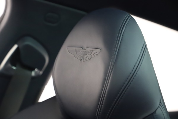 New 2021 Aston Martin DBX for sale $195,786 at Pagani of Greenwich in Greenwich CT 06830 16